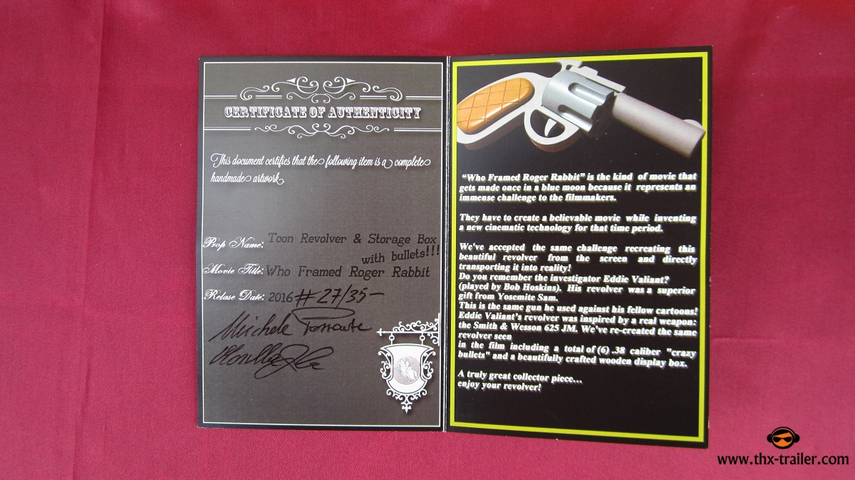 Who Framed Roger Rabbit - Gun, Wood Case, Bullets